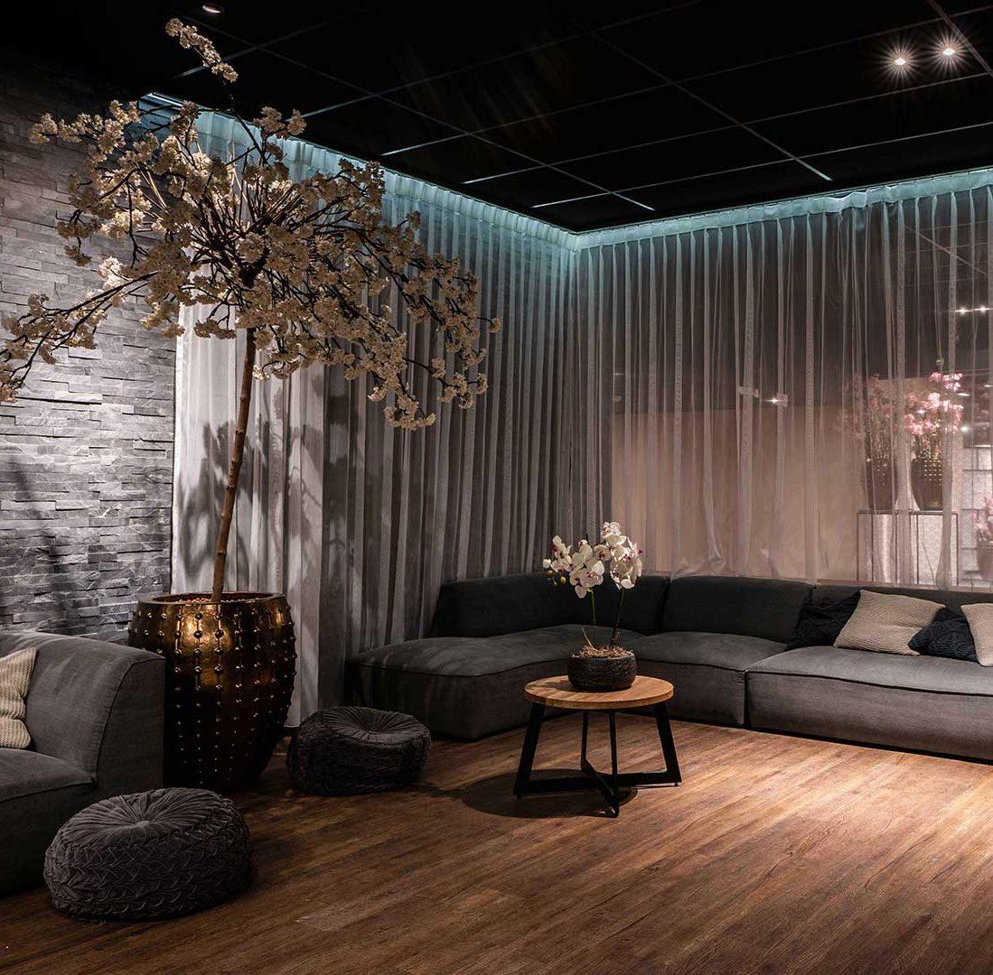 Interieur-Ontwerp_Hospitality_Hotel_Hoogeveen_Zithoek_Lounge_Bank_Inbetween_Ledstrip__03