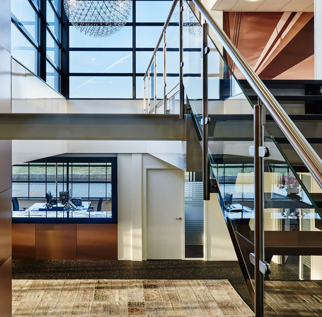 Interieur-Ontwerp_Office_Sealteq_Stadskanaal_Entree_Balie_Koper_Wandbekleding__01