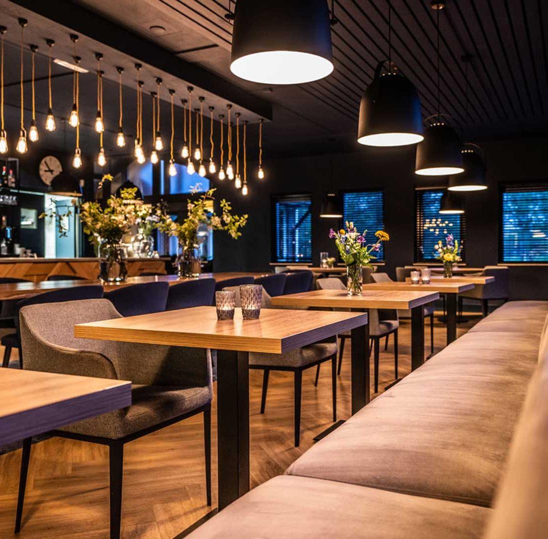 Interieur-Ontwerp_Restaurants_Golfclub_Havelte_Zitbank__01 (2)